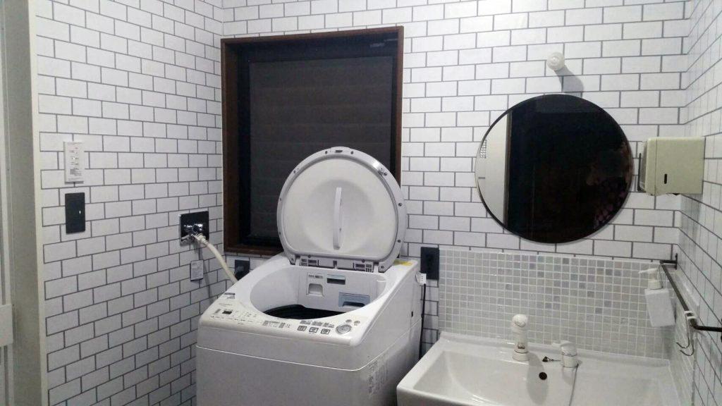 東広島リフォーム  イッコー建築事務所 洗面のクロス張替